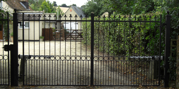 Tenth Hinged Gate Image